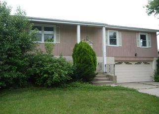 Pre Foreclosure in Addison 60101 W WRIGHTWOOD AVE - Property ID: 1172169687