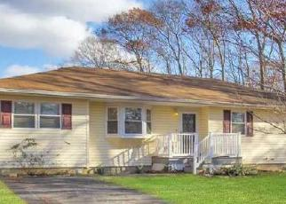 Pre Foreclosure in Brookhaven 11719 FOREST AVE - Property ID: 1172804299