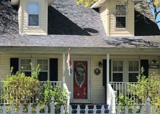Pre Foreclosure in Mastic 11950 DOVER AVE - Property ID: 1172906344