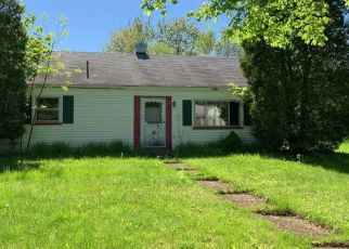 Pre Foreclosure in Webster 14580 SENECA ST - Property ID: 1172953203