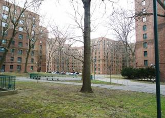 Pre Foreclosure in Bronx 10462 METROPOLITAN AVE - Property ID: 1173799827