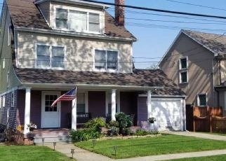 Pre Foreclosure in Bayside 11361 222ND ST - Property ID: 1175058556