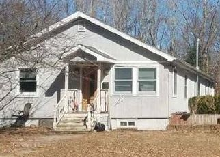 Pre Foreclosure in Schenectady 12303 LILLIAN RD - Property ID: 1175473313
