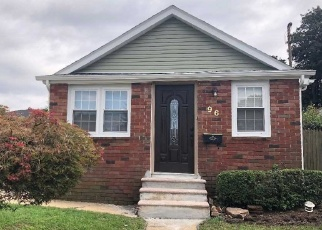 Pre Foreclosure in Hempstead 11550 WESTBURY BLVD - Property ID: 1175637558