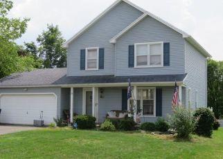 Pre Foreclosure in West Henrietta 14586 MACKAY RUN - Property ID: 1176537145
