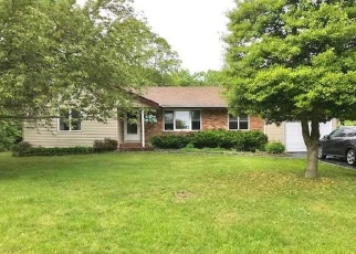 Pre Foreclosure in Bohemia 11716 LANSON ST - Property ID: 1176933970
