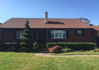 Pre Foreclosure in Williamstown 08094 JANVIER RD - Property ID: 1177367556