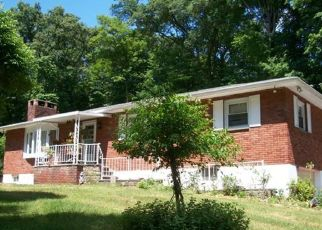Pre Foreclosure in Cold Spring 10516 NICHOLS LN - Property ID: 1177741589