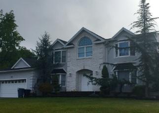 Pre Foreclosure in New City 10956 RELLA DR - Property ID: 1177886551