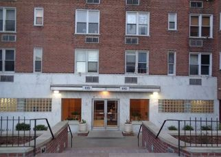 Pre Foreclosure in Bronx 10467 WARING AVE - Property ID: 1179129978