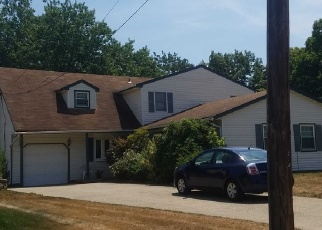 Pre Foreclosure in Brentwood 11717 NEWHAM AVE - Property ID: 1179848232