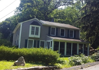Pre Foreclosure in Asbury 08802 LUDLOW STATION RD - Property ID: 1180315113