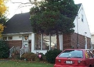 Pre Foreclosure in Valley Stream 11580 ASHLEY DR - Property ID: 1180870922