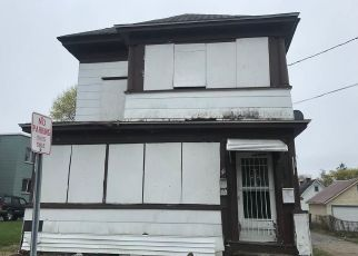 Pre Foreclosure in Gloversville 12078 3RD AVE - Property ID: 1181008877