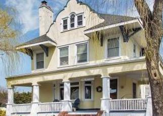 Pre Foreclosure in Brightwaters 11718 S BAY AVE - Property ID: 1181737667