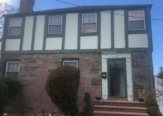 Pre Foreclosure in Valley Stream 11580 S COTTAGE ST - Property ID: 1181971987