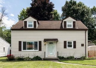 Pre Foreclosure in Rochester 14626 LAURA DR - Property ID: 1182067452