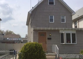 Pre Foreclosure in Staten Island 10310 CAROLINE ST - Property ID: 1182081917
