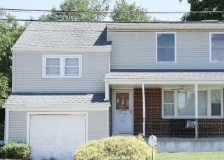 Pre Foreclosure in Trenton 08619 LEUCKEL AVE - Property ID: 1182667474