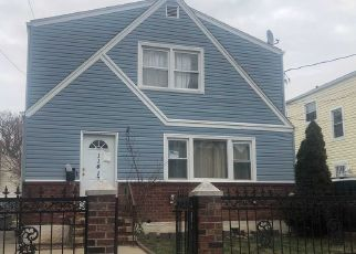 Pre Foreclosure in South Ozone Park 11420 125TH ST - Property ID: 1183911323
