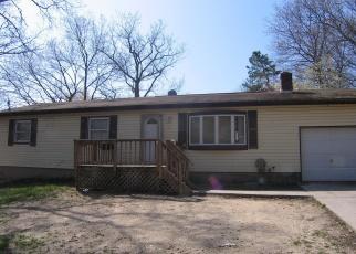 Pre Foreclosure in Medford 11763 MAPLE LN - Property ID: 1184472366