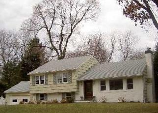 Pre Foreclosure in Huntington 11743 SALEM RIDGE DR - Property ID: 1184768435