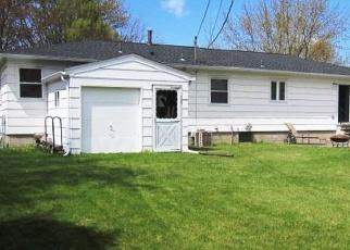 Pre Foreclosure in Rochester 14624 SUDBURY DR - Property ID: 1185449934