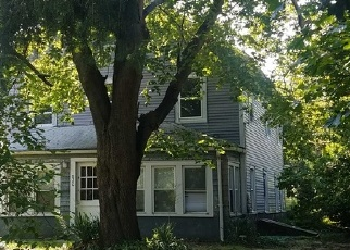 Pre Foreclosure in Bohemia 11716 LINCOLN AVE - Property ID: 1185490210