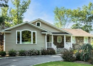 Pre Foreclosure in Livingston 07039 BURLINGTON RD - Property ID: 1185736354