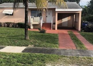 Pre Foreclosure in Miami 33162 NE 157TH TER - Property ID: 1186059589