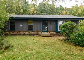 Pre Foreclosure in Waukesha 53188 GREENMEADOW DR - Property ID: 1187070878