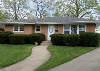 Pre Foreclosure in Kenosha 53142 HARDING RD - Property ID: 1187086187