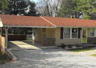 Pre Foreclosure in Rocky Mount 24151 CREST VIEW RD - Property ID: 1187776443