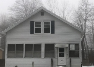 Pre Foreclosure in Gardner 01440 CEDAR ST - Property ID: 1187949444