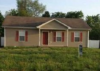 Pre Foreclosure in Clarksville 37042 SILVER STAR DR - Property ID: 1188081718