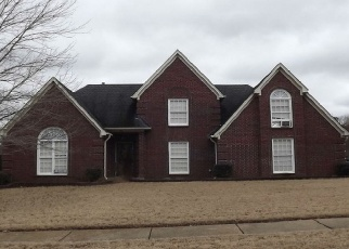 Pre Foreclosure in Collierville 38017 CROSSWINDS WAY - Property ID: 1188158357