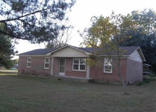 Pre Foreclosure in Timmonsville 29161 S HILL RD - Property ID: 1188346694