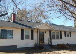 Pre Foreclosure in Piedmont 29673 HIGHWAY 86 - Property ID: 1188436917
