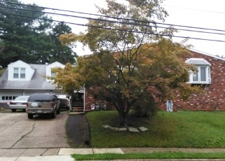 Pre Foreclosure in Glenside 19038 MAPLE AVE - Property ID: 1189697397
