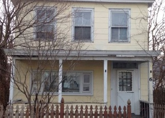 Pre Foreclosure in Beacon 12508 S WALNUT ST - Property ID: 1190403857