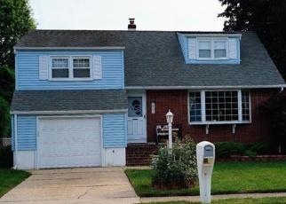 Pre Foreclosure in Trenton 08619 LEUCKEL AVE - Property ID: 1190604891