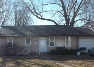 Pre Foreclosure in Kansas City 64118 NE 55TH ST - Property ID: 1191080518
