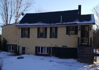 Pre Foreclosure in North Billerica 01862 PELHAM ST - Property ID: 1191286359