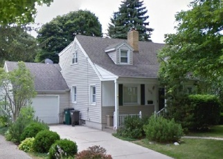 Pre Foreclosure in Lansing 48912 LASALLE GDNS - Property ID: 1191389736
