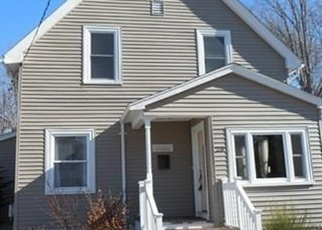 Pre Foreclosure in Taunton 02780 FRIEND ST - Property ID: 1191612665
