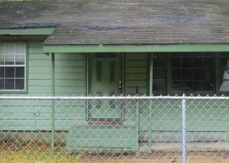 Pre Foreclosure in Lafayette 70501 TENNESSEE ST - Property ID: 1191894269