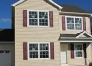 Pre Foreclosure in Whitehall 18052 OAKWOOD DR - Property ID: 1191914418