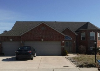 Pre Foreclosure in Crown Point 46307 PRICE ST - Property ID: 1191956916
