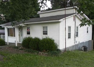 Pre Foreclosure in Cannelton 47520 GIRL SCOUT RD - Property ID: 1192108894