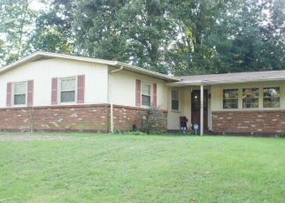 Pre Foreclosure in Louisville 40214 PAIUTE RD - Property ID: 1192172385